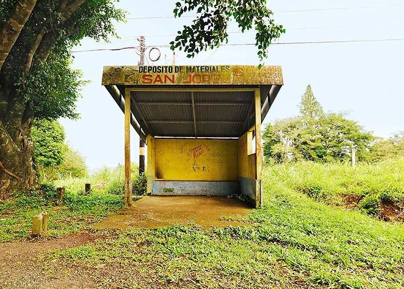 Werkreihe PARADA DE AUTOBUS . Sarapiqui . Arenal . 0048